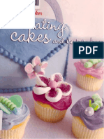 Betty Crocker - Decorating Cakes and Cupcakes