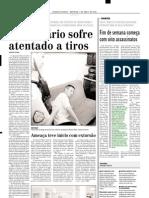 2002.04.07 - Acidente entre ônibus da Viação São Geraldo e Uno Mille - Estado de Minas
