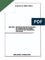 NBR 5405 - 1983 - Materiais isolantes sólidos - Determinação da rigidez dielétrica ...