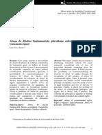 Artigo - Abuso de direitos fundamentais, pluralismo cultural e critérios de tratamento igual