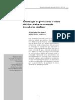 A Formação de Professores e o Livro Didático – Avaliação e Controle Dos Saberes Escolares