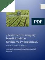 Cuáles Son Los Riesgos y Beneficios de Los Fertilizantes y Plaguicidas