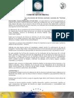 """04-11-2010 El Gobernador Guillermo Padrés firmó convenio con la Secretaría de Turismo Nacional y los sindicatos de la entidad para promocionar el programa """"Turismo para Todos"""". B111016"""