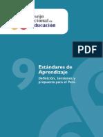 ESTANDARES DE APRENDIZAJE. DEFINICION, TENSIONES Y PROPUESTAS PARA EL PERU.pdf