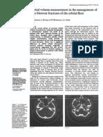 Orbital volume measurement in the management of pure blowout fractures of the orbital floor.pdf