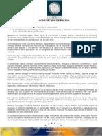 15-05-2014 El Gobernador Guillermo Padrés acompañó a los maestros en la celebración de su día y entregó estímulos de antigüedad a quienes han desempeñado en esa labor por 20, 30 y 40 años. B051457