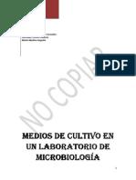 Medios de Cultivo en Un Laboratorio de Microbiologc3ada