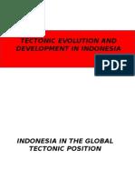002-Fisiografi Wilayah Indonesia Yang Memperlihatkan Distribusi Dari Benua
