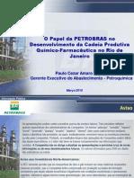 Paulo Aquino em seminário sobre setor químico-farmacêutico do Rio