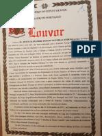 Artur Victoria recebe uma condecoração do Exército Português