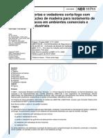 NBR 11711 - 2003 - Portas e Vedadores Corta-fogo Com Núcleo de Madeira
