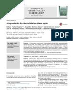 Atrapamiento de cabeza fetal en útero septo.pdf