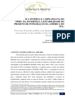 VISENTINI & OLIVEIRA. A Política interna e a diplomacia do Peru - da incerteza à estabilidade do projeto de integração da América do Sul.pdf