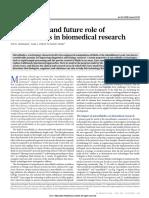The present and future role of microfluidics.pdf