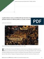 Desmanes y Vandalismo en Una Marcha Masiva de Mujeres en Rosario - 10.10
