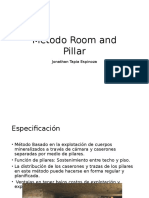Clase Room and Pillar