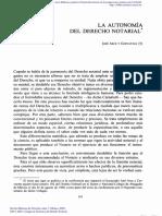 Autonomía del Derecho Notarial
