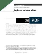 Uma introdução aos métodos mistos.pdf