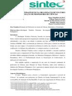 OS MOMENTOS PEDAGÓGICOS NA ORGANIZAÇÃO DE UM CURSO DE FORMAÇÃO DE PROFESSORES DE CIÊNCIAS