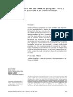 CONNEL Bons professores em um terreno perigoso.pdf