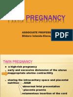 9 Twin Pregnancy2