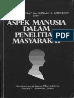 Aspek Manusia Dalam Penelitian Masyarakat (Bersama Donald K. Emerson), 1985. Jakarta Kerjasama Yayasan Obor Indonesia Dengan PT Gramedia