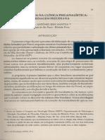 A transferência na clínica psicanalística.pdf