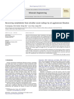 Recovering molybdenite from ultrafine waste tailings by oil agglomerate flotation.pdf