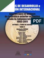 Busso; Actis; Novello - La Geometría de La Política Exterior Argentina (1989-2015). Fin Del Diseño Triangular e Irrupción de Un Nuevo Vértice