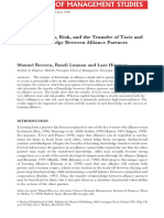 Becerra et al_2008_Trustworthiness, Risk, and the Transfer of Tacit and Explicit Knowledge Between Alliance Partners
