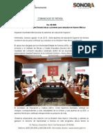 14-08-19 Entrega Gobierno del Estado becas a jóvenes para estudiar en México.
