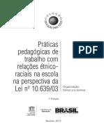 Práticas pedagógicas de trabalho com relações étnicoraciais.pdf