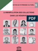 VVAA. Manipulation collections dans les réserves. UNESCO. 2010