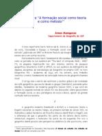 """A geografia e """"A formação social como teoria e como método"""""""