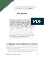 2006 - OS PROCESSOS DE SOCIALIZA+ç+âO E A FAM+ìLIA