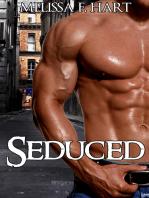 Seduced (Erotic Romance - Paranormal Romance)