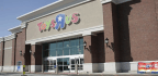 Toys R Us Plans to Hire Thousands of Seasonal Workers Despite Bankruptcy