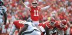 Chiefs QB Alex Smith Finds a Groove