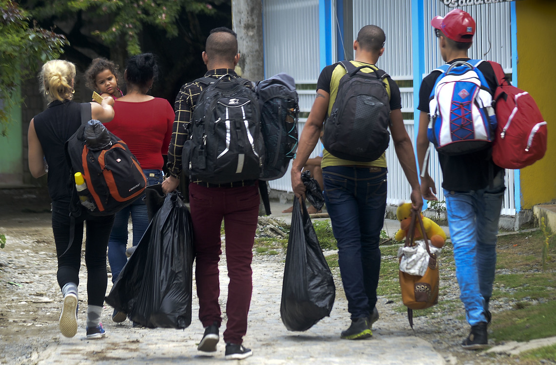 One Cuban Family's Long And Risky Journey To A New Life In The U.S. | Scribd