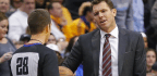 Walton Has Young Lakers Focusing on Present and Not Thinking of Future