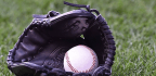 Facebook To Stream 25 MLB Games In Exclusive Deal