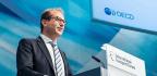 Germany Orders Daimler To Recall 238,000 Diesel Vehicles