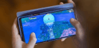 The Samsung Galaxy Note 9 Is A Great Gaming Phone That Won't Make You Better At Fortnite