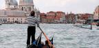 El Silencio De Los Gondoleros Venecianos