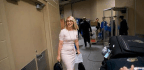 ESPN Hoops Analyst And Hall Of Fame Honoree Doris Burke Blazes A Trail In Sportscasting