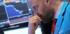 Dow Drops 750 Points Amid Worries Over U.S.-China Tensions