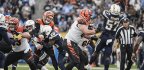 Chargers Keep Pace With Chiefs By Defeating The Bengals 26-21