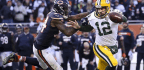 From Khalil Mack's 'Back Sack' to Leonard Floyd's finishing touch, Bears take down Aaron Rodgers