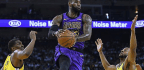 Lakers Rout Warriors, 127-101, But Lose LeBron James To Groin Injury In 3rd Quarter