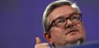 EU Urges Internet Giants To Work Harder Fighting Fake News